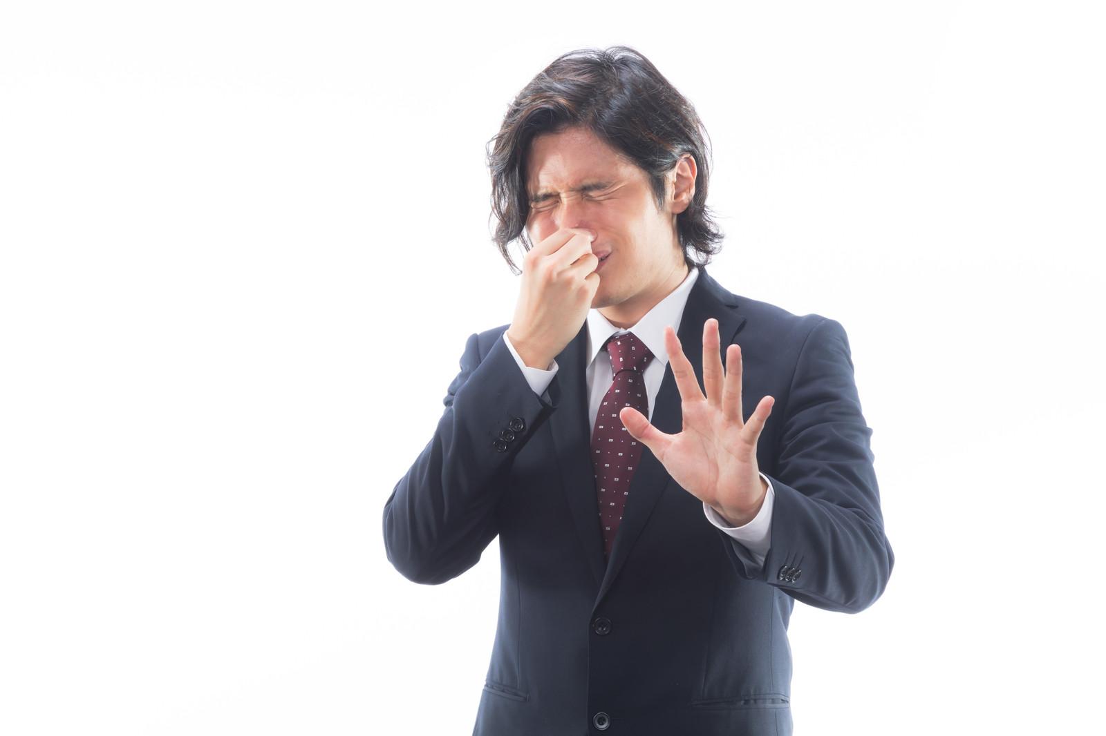 頭皮の臭いは薄毛の原因!臭いにも種類があります!サムネイル